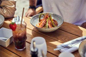 Miramar-plage-menu-ardoise-restaurant-cannes